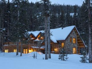 Benchmark Cabin - 2 Bd + Guest Quarters / 4 Ba - Sleeps 6 - TRUE SKI IN SKI OUT Cozy Log Vacation Home - Ski Access onto Gallopi - Telluride vacation rentals