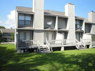 Golf Course Townhouse!  Beautifully furnished 2 BR / 2-1/2 BA Townhouse - Long Beach vacation rentals