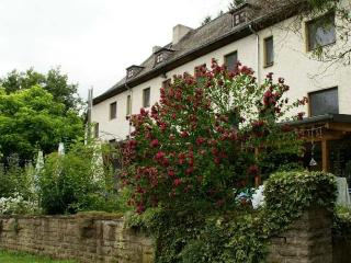 Altes Zollhaus 95 - Roses vacation rentals