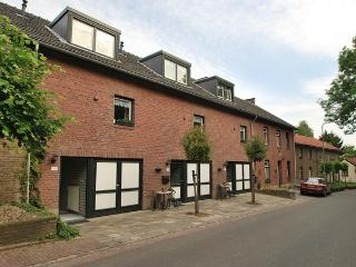 Hoeve Doubrigh B - Roses vacation rentals