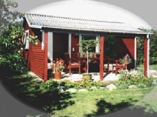 ABC Holiday houses - the Garden Cottage - Roses vacation rentals