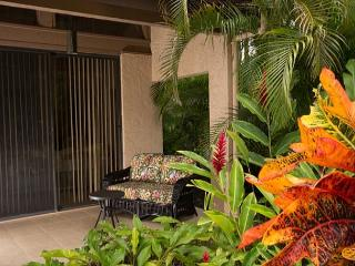 Beautiful remodeled 2 bedroom condo located on Robert Trent Jones Golf Course - Kailua-Kona vacation rentals