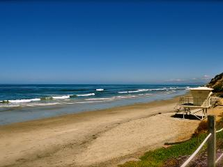 2 Bedroom cottage- one block to Beacons Beach - Leucadia vacation rentals