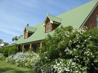 Green Gables Lodge Country House, Hunter Valley - Broke vacation rentals