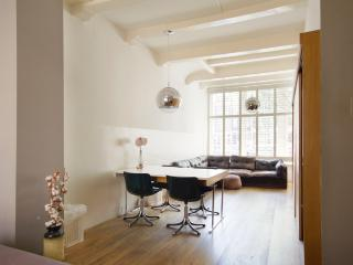 Two Great Rooms In Canal House With Canal View - Amsterdam vacation rentals