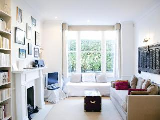 ***Beautiful Victorian House***8 Guests***Fulham Victorian House - London vacation rentals