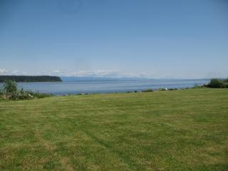 Oceanfront Executive centrally located two bedroom - Campbell River vacation rentals