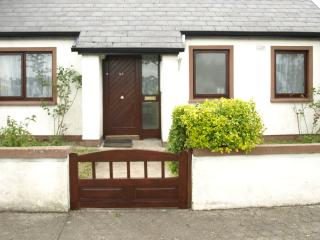 2 Bed Bungalow in Ballina,Co Mayo - Ballina vacation rentals