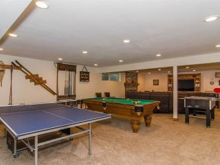 Mins to BYU! Family Retreat w/ Sunroom,Games & Fun - Salt Lake City vacation rentals