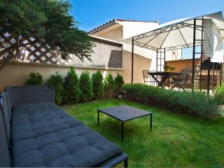 large apartment with garden for 6 persons - Pula vacation rentals