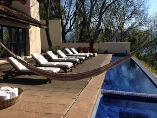 Valle de Bravo's best lake view, great house - Central Mexico and Gulf Coast vacation rentals