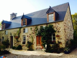 Luxury 1 bedroom apartment in beautiful Normandy - Negreville vacation rentals