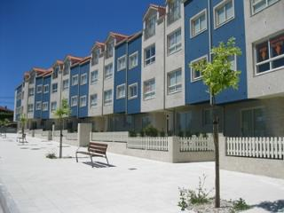 Modern family apartment only 100m from beaches - Pontevedra vacation rentals