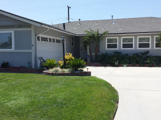 Newly Remodeled Vacation Home Located 1/2 Mile Within Walking Distance To Disneyland. - Anaheim vacation rentals