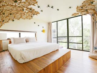 Eco-Treehouse,Bangkok + Airport Transfer/Breakfast - Bangkok vacation rentals