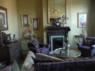 New! Elegant French Apartment in Old Towne Eureka featured on HGTV - North Coast vacation rentals