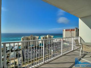 Laketown Wharf 1505. Beautiful 1 Bedroom with Bunk room, sleeps 6! - Panama City Beach vacation rentals