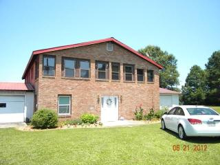 Two  houses for the price of 1 - South Carolina Lakes & Blackwater Rivers vacation rentals