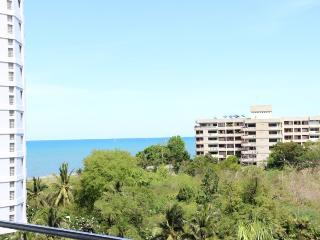 Condos for rent in Hua Hin: C6045 - Prachuap Khiri Khan Province vacation rentals