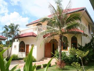 Villas for rent in Hua Hin: V6050 - Hua Hin vacation rentals