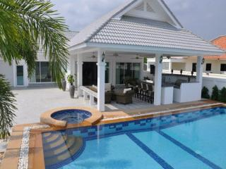 Villas for rent in Hua Hin: V6107 - Hua Hin vacation rentals