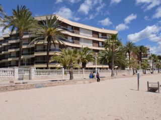 Sol de España - 4/6 estandar - Costa Dorada vacation rentals