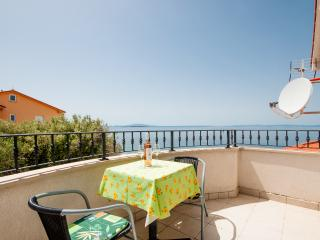 Apartments Gabrijela - 26931-A5 - Lun vacation rentals