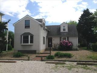 5 BEDROOM SLEEPS 12 122615 - New Jersey vacation rentals