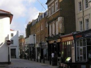 **BEAUTIFUL LONDON N1** 3 BEDROOM,2 BATH WIFI, TV, NEXT TO FINANCIAL DISTRICT - London vacation rentals