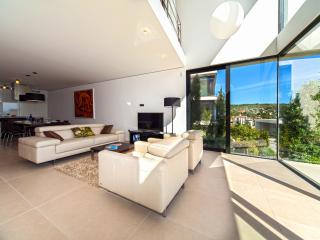 Modern & Luxurious Beachfront Apartment in Dalmatia  (4) - Primosten vacation rentals