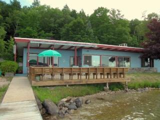 Spacious Vacation Home on Crystal Lake! - Frankfort vacation rentals
