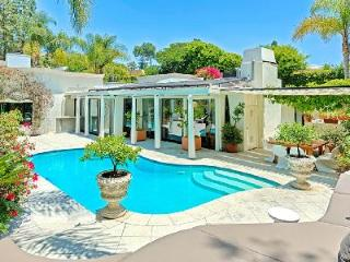 Magnificent LA Villa Offering Air Conditioning, WiFi & Salt Water Pool - Los Angeles County vacation rentals