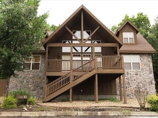 Black Shadow Lodge-Book this stunning 4 bedroom lodge in Stonebridge! - Branson vacation rentals