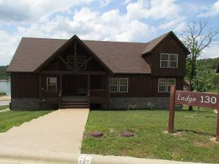 Nestled Inn Lodge-A delightful 3 bedroom, 4 bath lodge in Stonebridge Resort - Branson vacation rentals