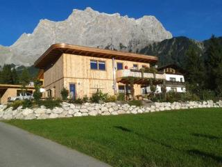 Vacation Apartment in Ehrwald - 291 sqft, natural, beautiful, personal, right at ground of Zugspitze… - Ehrwald vacation rentals
