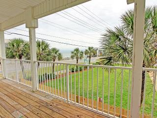 Forever Young - Across from Beach! NEWLY REMODELED! Buy 3 Nights, get 1 Free! BOOK NOW! - Destin vacation rentals