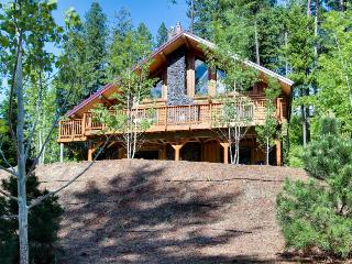 Gorgeous Carlin Bay Cabin - Harrison vacation rentals