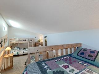 2 Bedroom, 2 Bathroom House in Breckenridge  (15E) - Breckenridge vacation rentals
