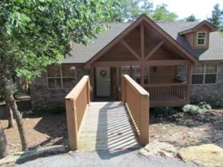 DeerHaven Lodge : 2 Bedroom, 2 Bath Stonebridge Resort Cabin - Branson vacation rentals