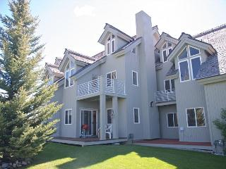 Location - Luxury - Value! Just off Ski Hill Rd... - Driggs vacation rentals