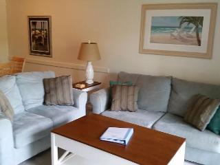 Beautiful 1st Floor Condo Overlooking the Pool - Myrtle Beach vacation rentals