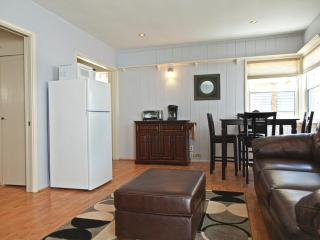 MB Seaview Lower - Comfortable condo just steps from the Beach. Summer dates open! - Los Angeles County vacation rentals