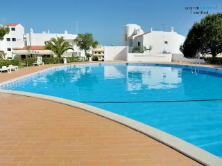 Brandy Red Apartment - Portugal vacation rentals
