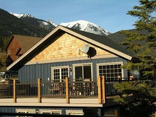 Grizzly Heights - Kootenay Rockies vacation rentals