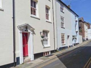 SAMPHIRE historic fisherman's cottage, close to beach, town centre in Deal Ref 904653 - Kent vacation rentals