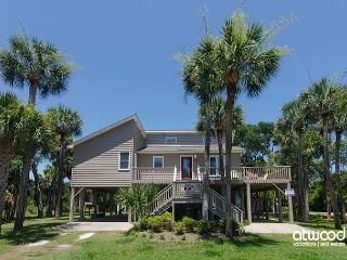 Island Gossip - Easy Beach Access,  Adorable Decor - Edisto Beach vacation rentals
