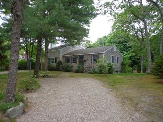 94 Waterfield Rd - Osterville vacation rentals