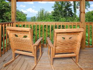 Knotty and Nice Cabin - Pigeon Forge vacation rentals