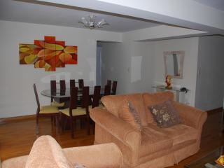 Superb Comfortable 3 bedroom apartment  with balcony in Miraflores - Miraflores vacation rentals