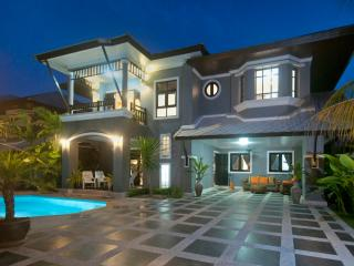 Baan Santhiya Private Pool Villas - Krabi Province vacation rentals